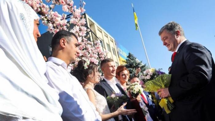 Рвало на родину: Как президент Порошенко вернулся в Болград