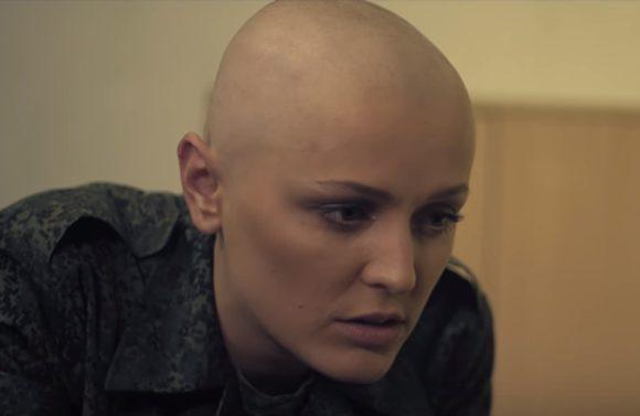 «Ополченочка»: Почему российская пропаганда рассчитана на идиотов