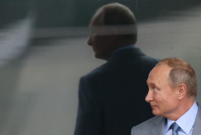 Операция «Заморозка»: зачем Путину нужны «выборы» на оккупированном Донбассе