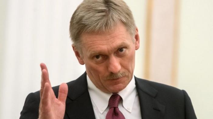 Песков объяснил, почему Петр Порошенко не попал в санкционный список России