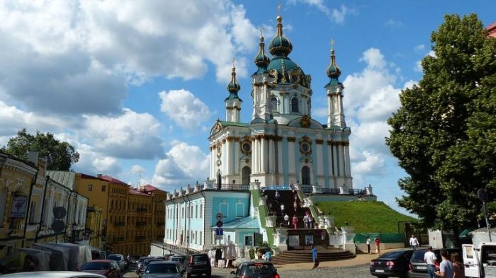 Порошенко передал Андреевскую церковь Вселенскому патриархату