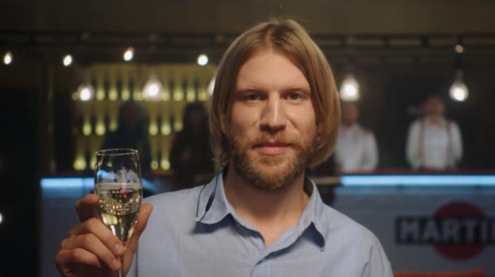 Анатолич и Дорн возглавили коллаборантов в Новогоднем онлайн-шоу