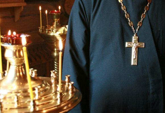Госизмена и межрелигиозная вражда: СБУ устроила допрос 12 священникам УПЦ МП